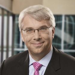 Oliver deutschmann ubs investment bank sandler oneill investment banking analyst new york